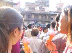 ason girls eating icecream