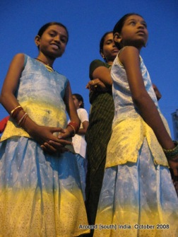 girls waiting for sunrise in kanyakumari