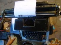 typewriter on mg road, kolkata