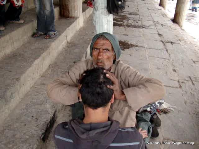 massage at varanasi ghat