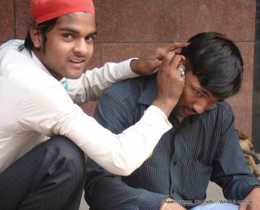 ear clearning in delhi