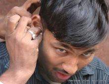ear clearning in delhi