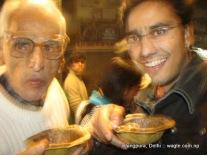 samosa in bhogal market