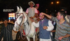 india holi jnu chat festival (10)