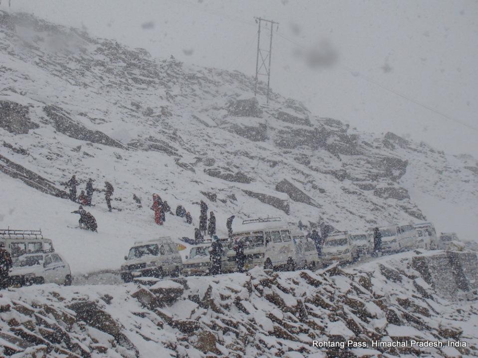 traffic jam at rohtang pass himachal pradesh india