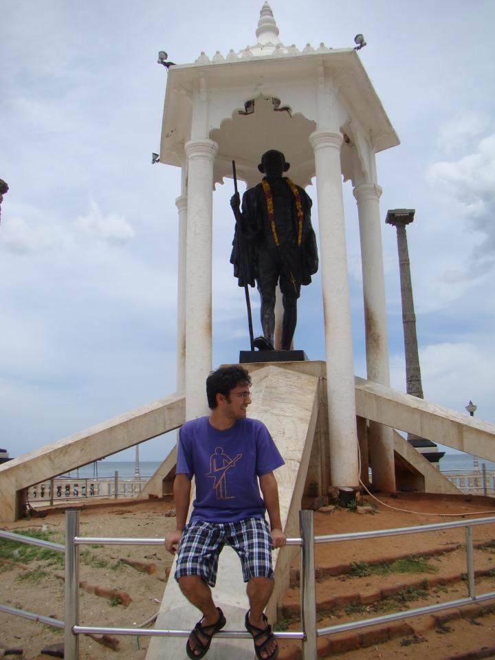 Gandhi statue Pondicherry