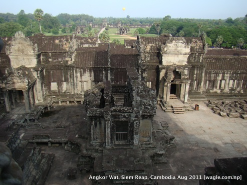 angkor wat inside view