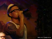 manila: rock star of a bar