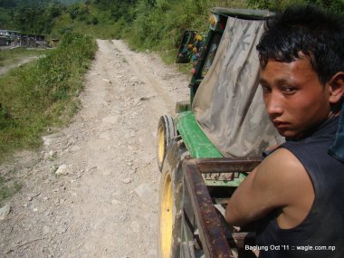 mid hill highway in nepal (9)