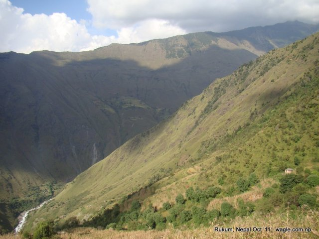 The precipitous slope near Kol village