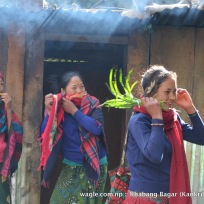 Women in Khabang Bagar
