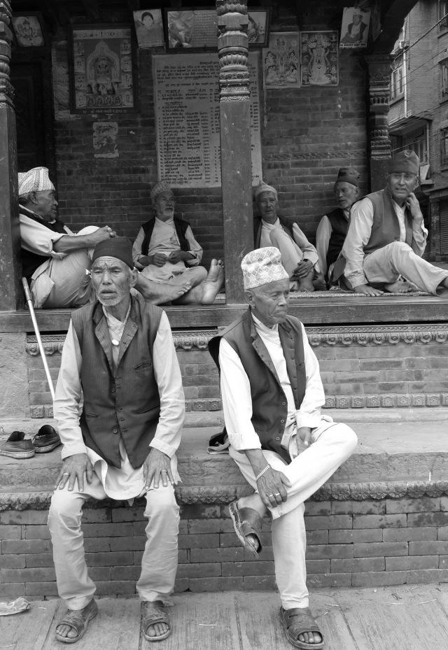 Old men of bhaktapur 01