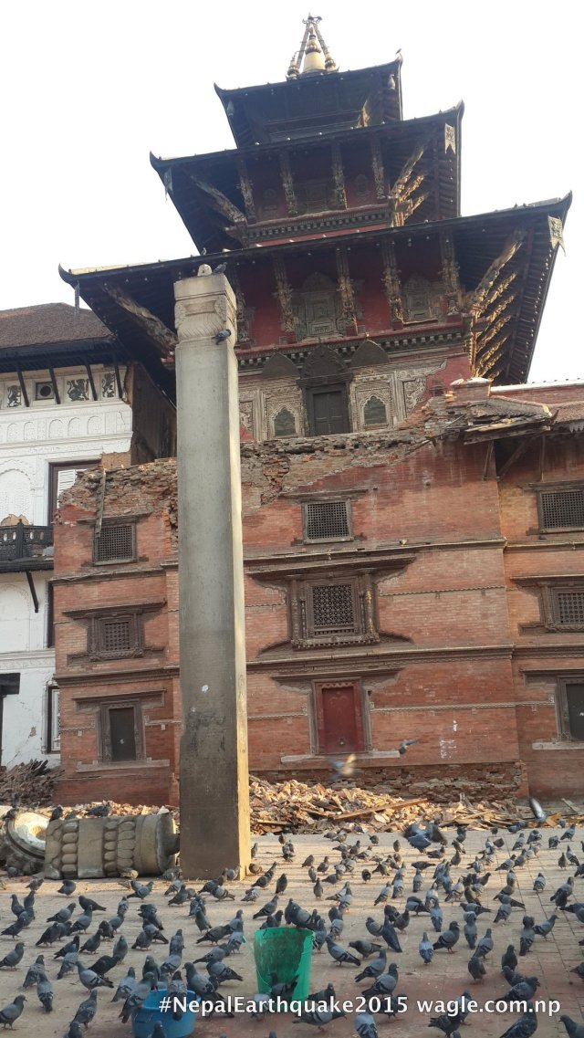 Pratap Malla's column. The damaged part of the building survived the #NepalEarthquake but couldn't stand the aftershock that jolted Kathmandu the next day.